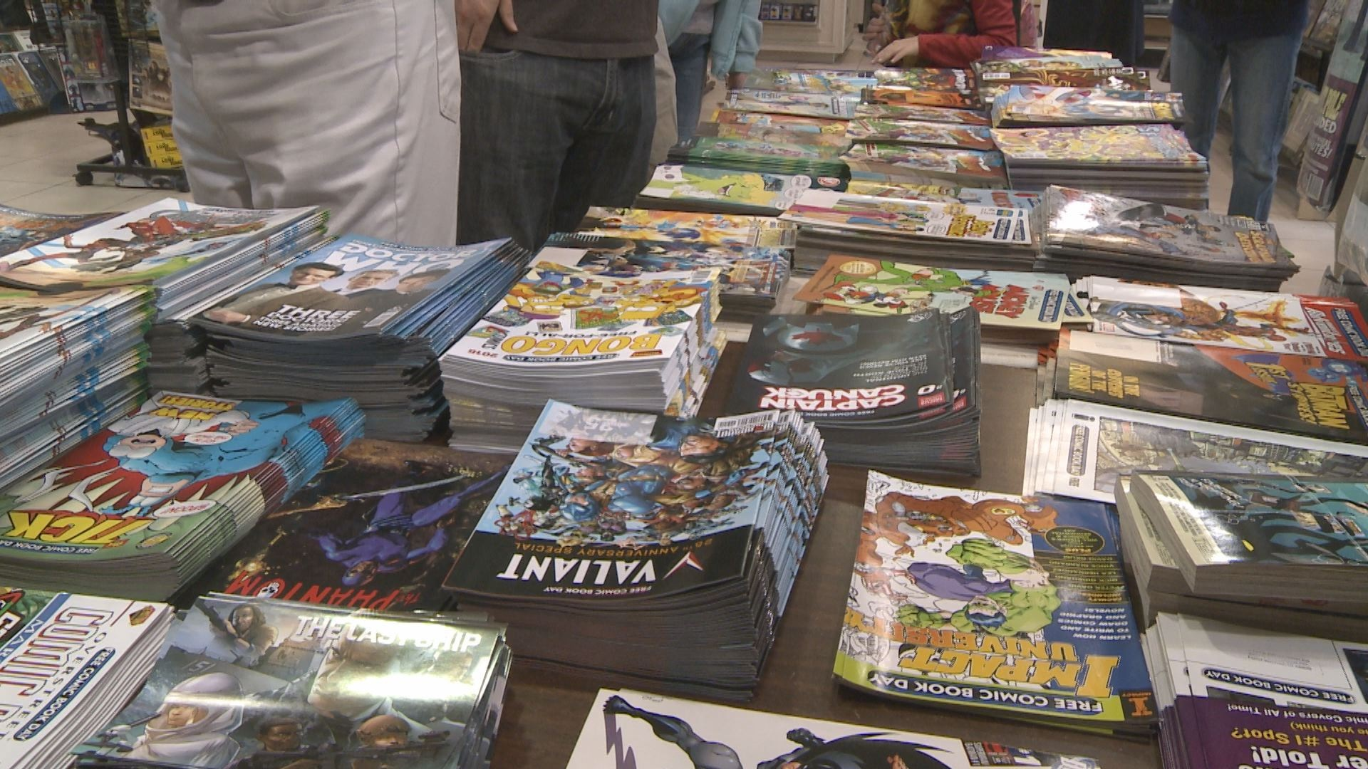 The former Clem's at Jefferson Pointe was packed for Free Comic Book Day on May 2, 2015._100393