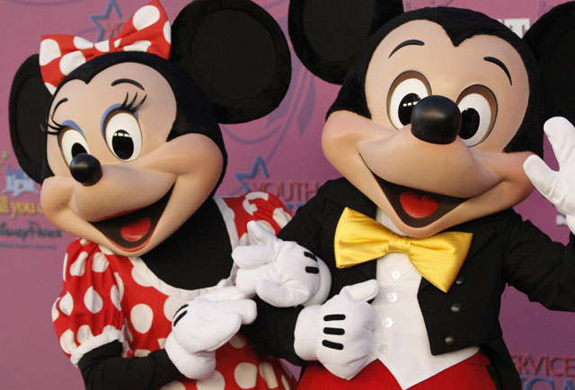 Mickey and Minnie Mouse_221601