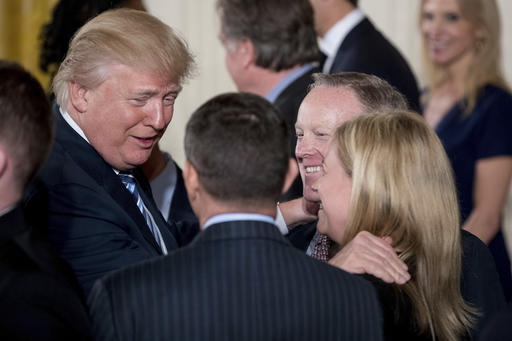 Donald Trump, Sean Spicer_235551
