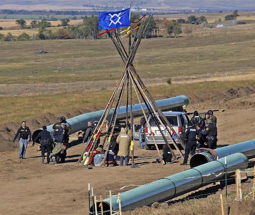 Oil Pipeline_237728