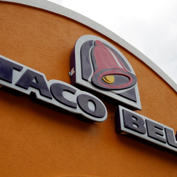 Taco Bell Wedding Contest_245543