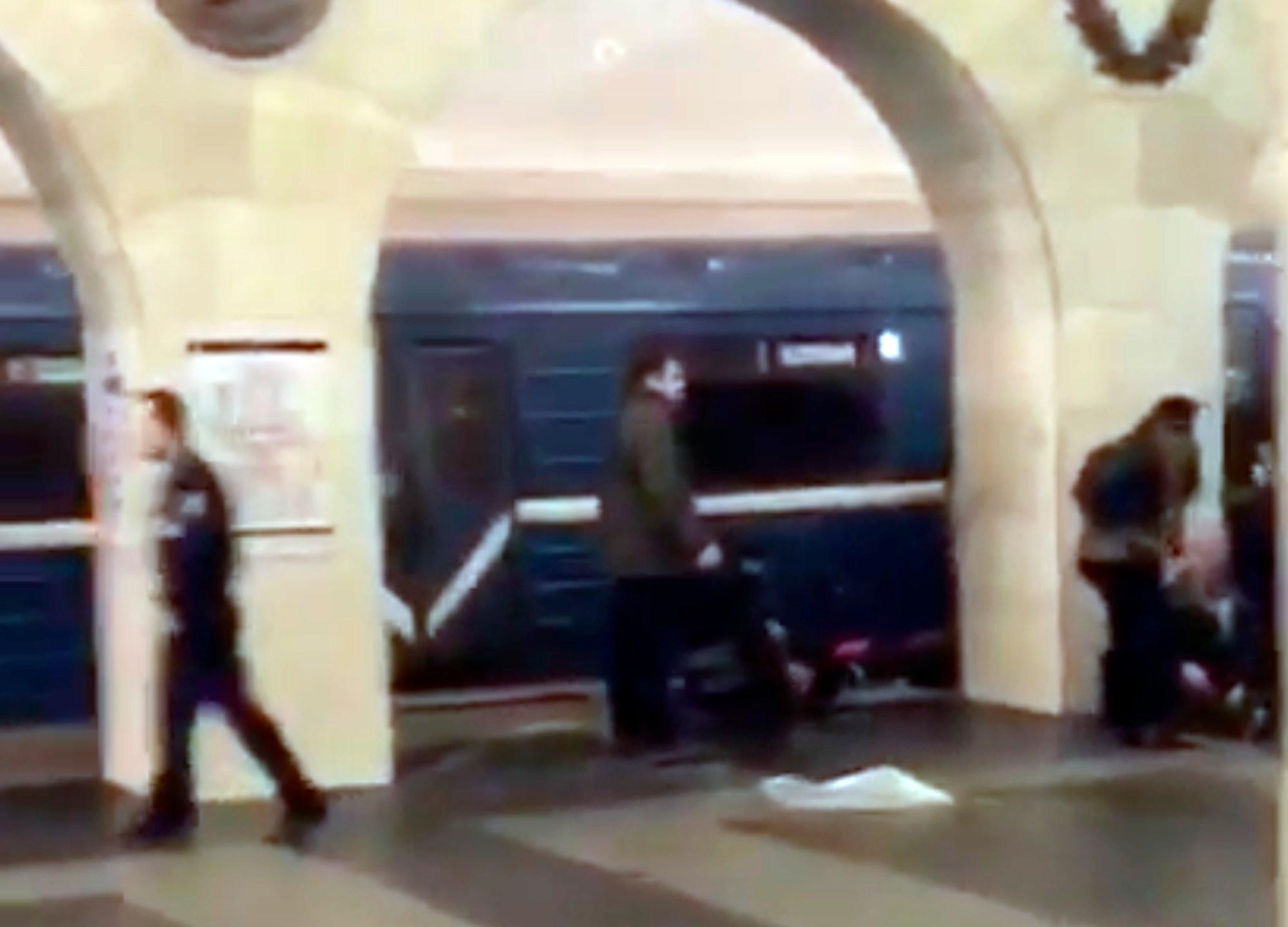 Russia Subway Explosion_251904