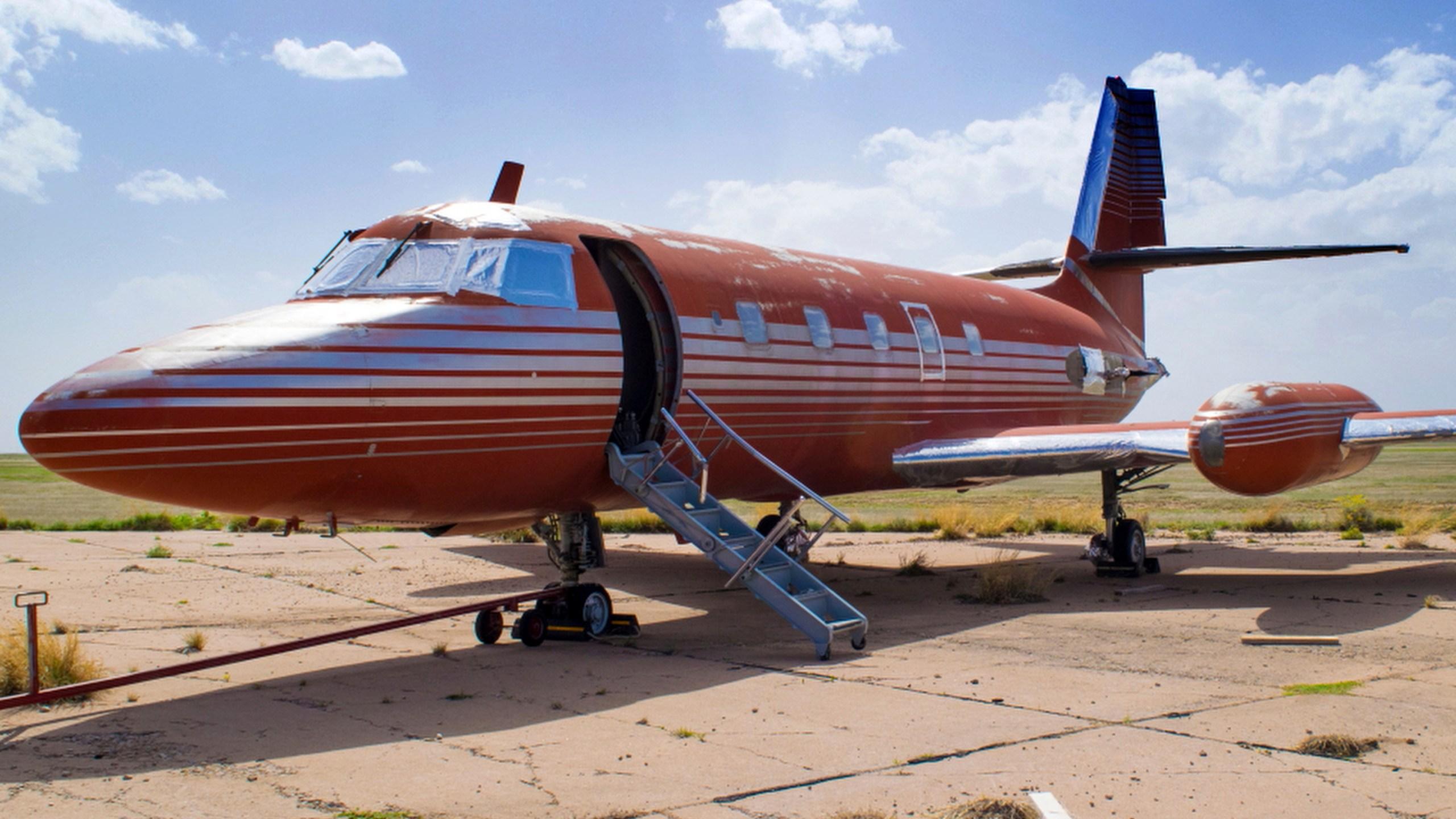 Elvis Plane Auction_260787