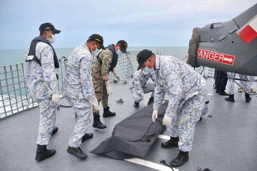 Malaysia US Navy Ship Collision_278180