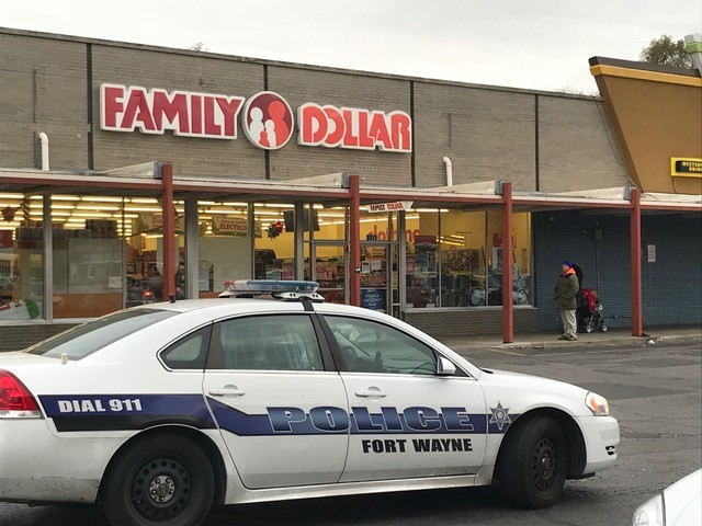 broadway family dollar armed robbery_295285