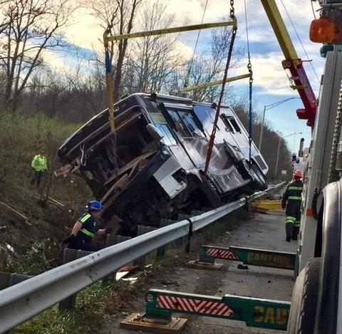 RV driver killed in crash_297126