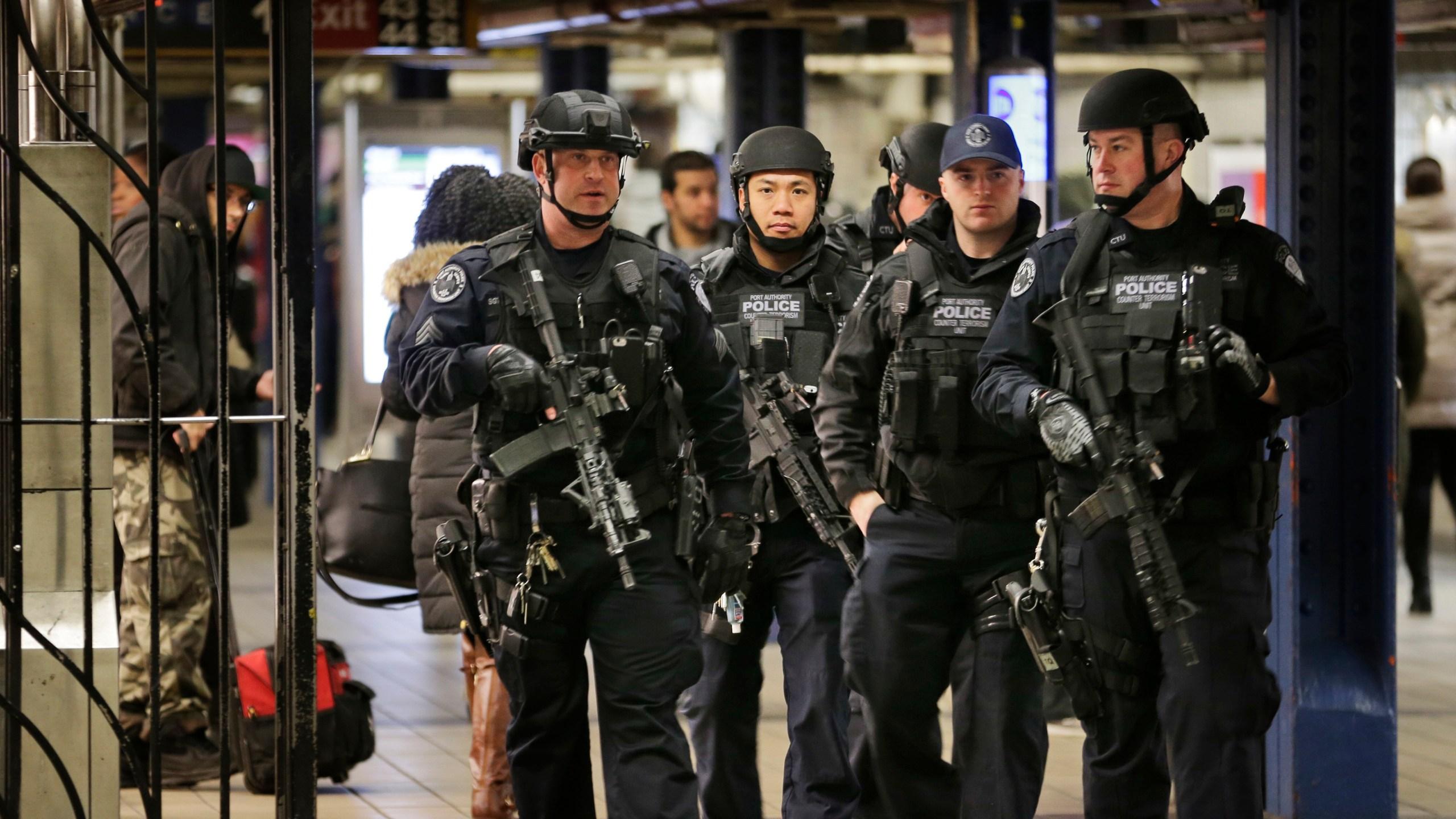 APTOPIX NYC Subway Explosion_301290