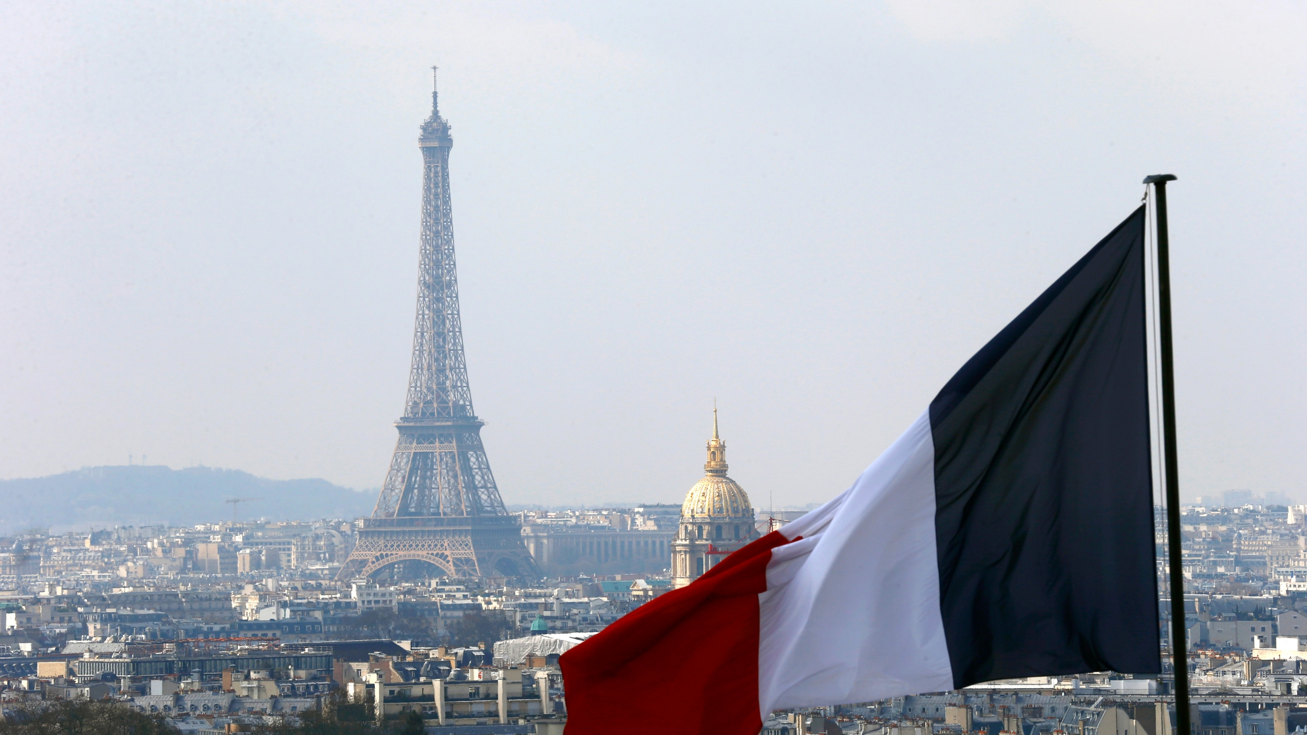 France Eiffel Tower_227372