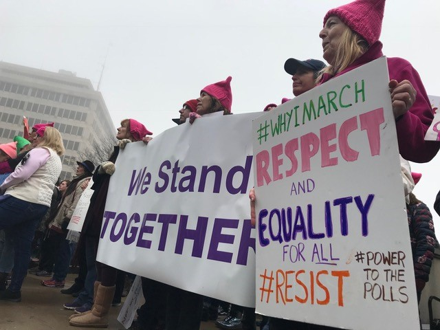 FW WOMEN'S MARCH_308700