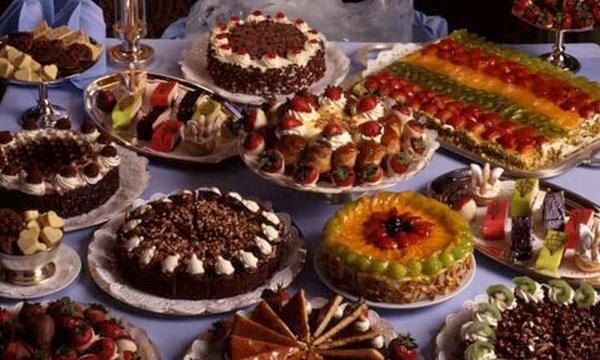 holiday-dessert-cakes-tortes-valentines-day-treat_1517004750799_336935_ver1-0_32742407_ver1-0_640_360_309905