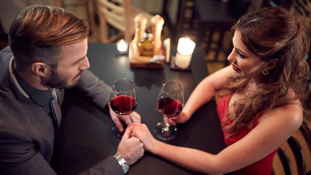 valentines-day-dinner-wine-happy-couple-romantic-love_1515533287088_329966_ver1-0_31347627_ver1-0_640_360_306384