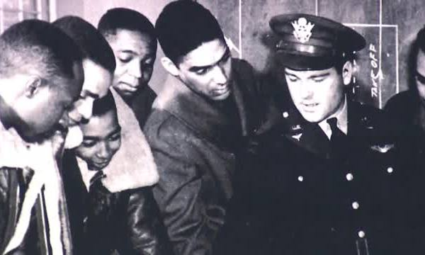 African-Americans in World War Two_313602