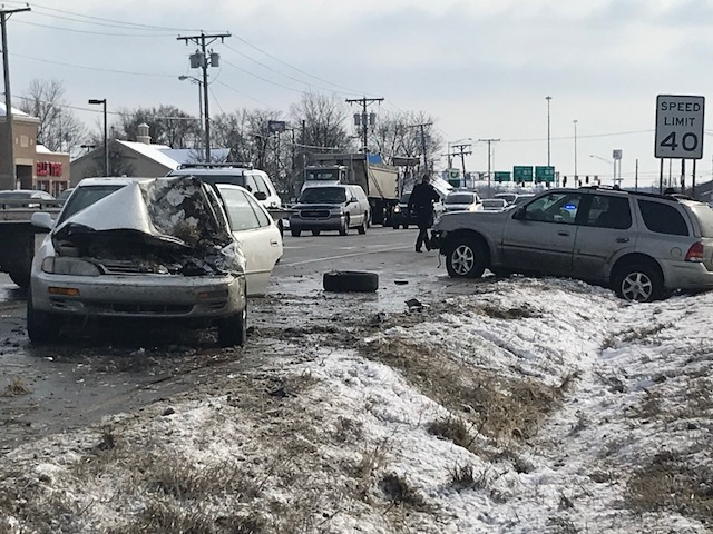 Police car chase crash_311867