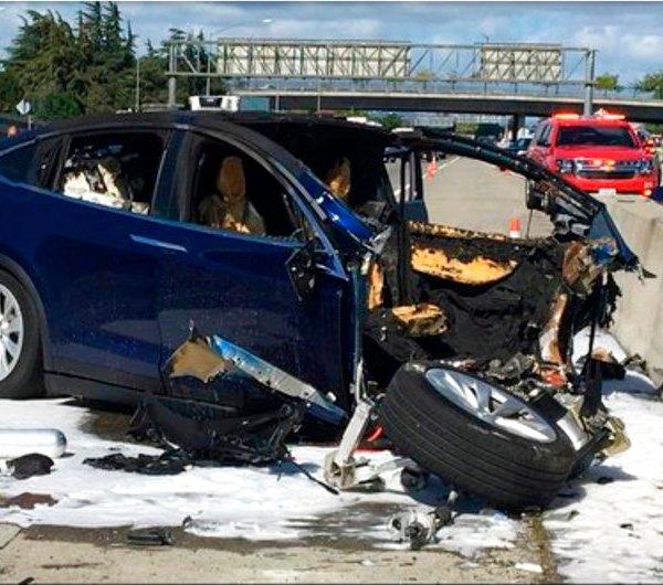 Tesla Crash_1522515410105