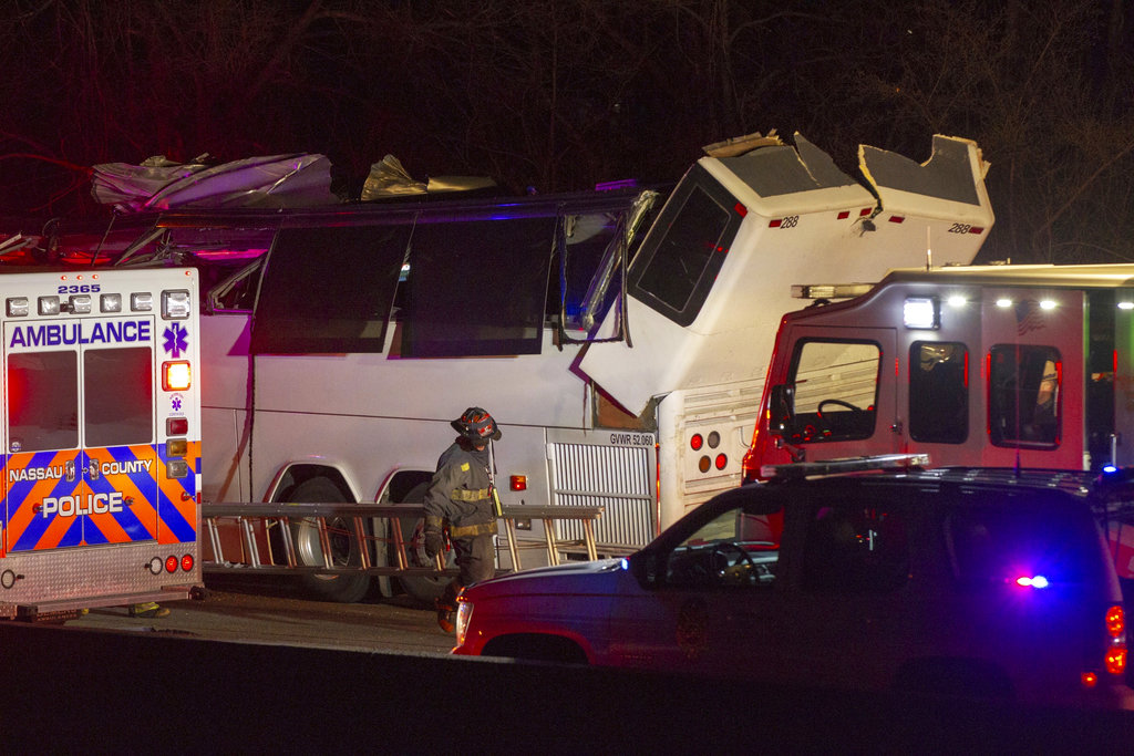 Long Island Bus Accident_1523265397689