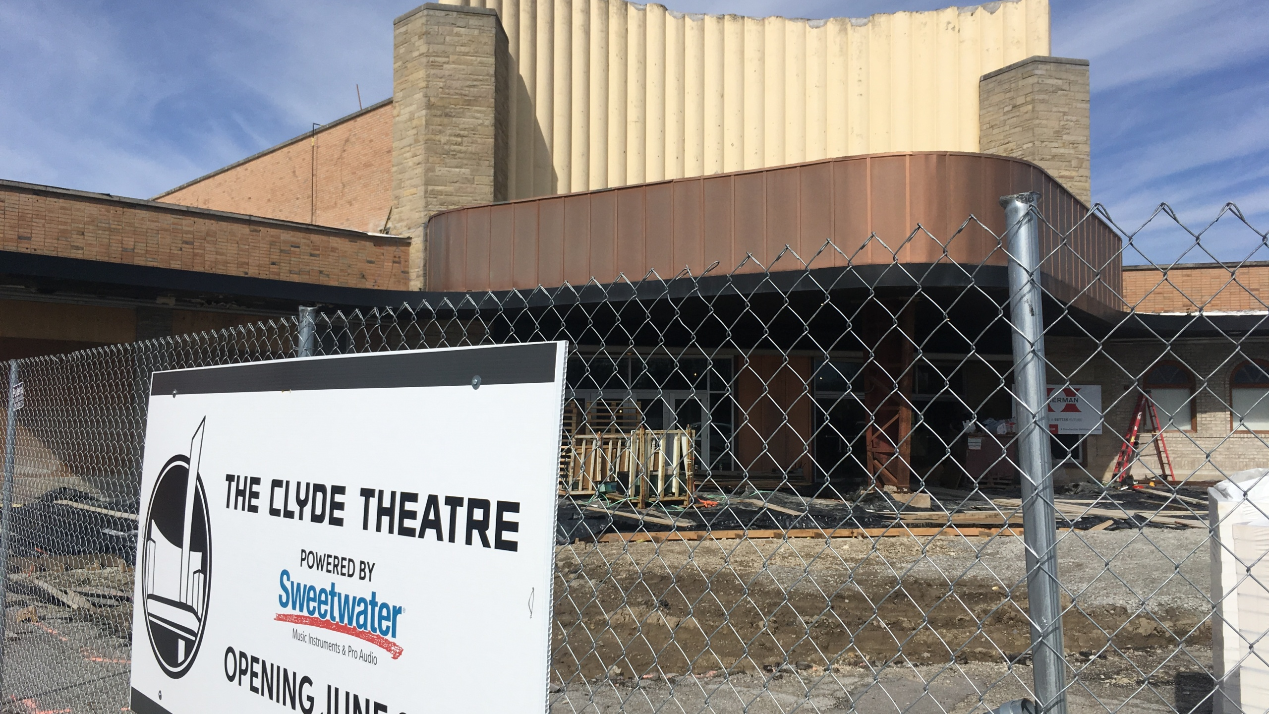 Clyde Theater_317803