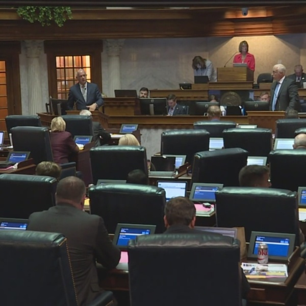 Indiana_lawmakers_hold_2018_special_sess_0_20180514215849-873774424