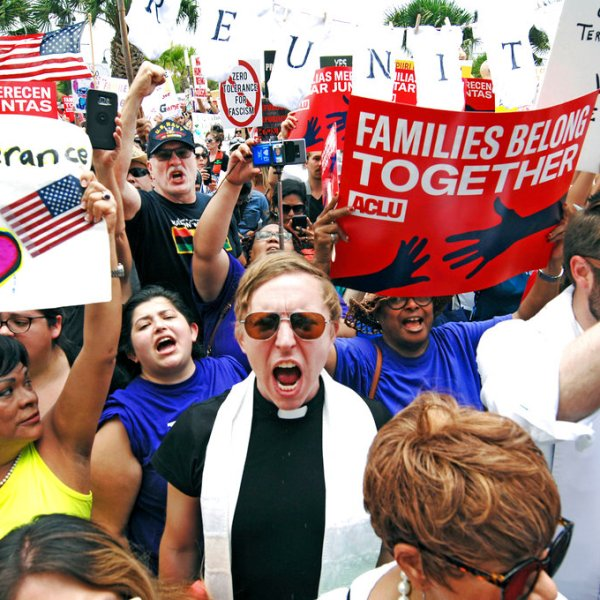Immigration-Separating Families_1531644982935