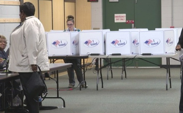 More people voting early