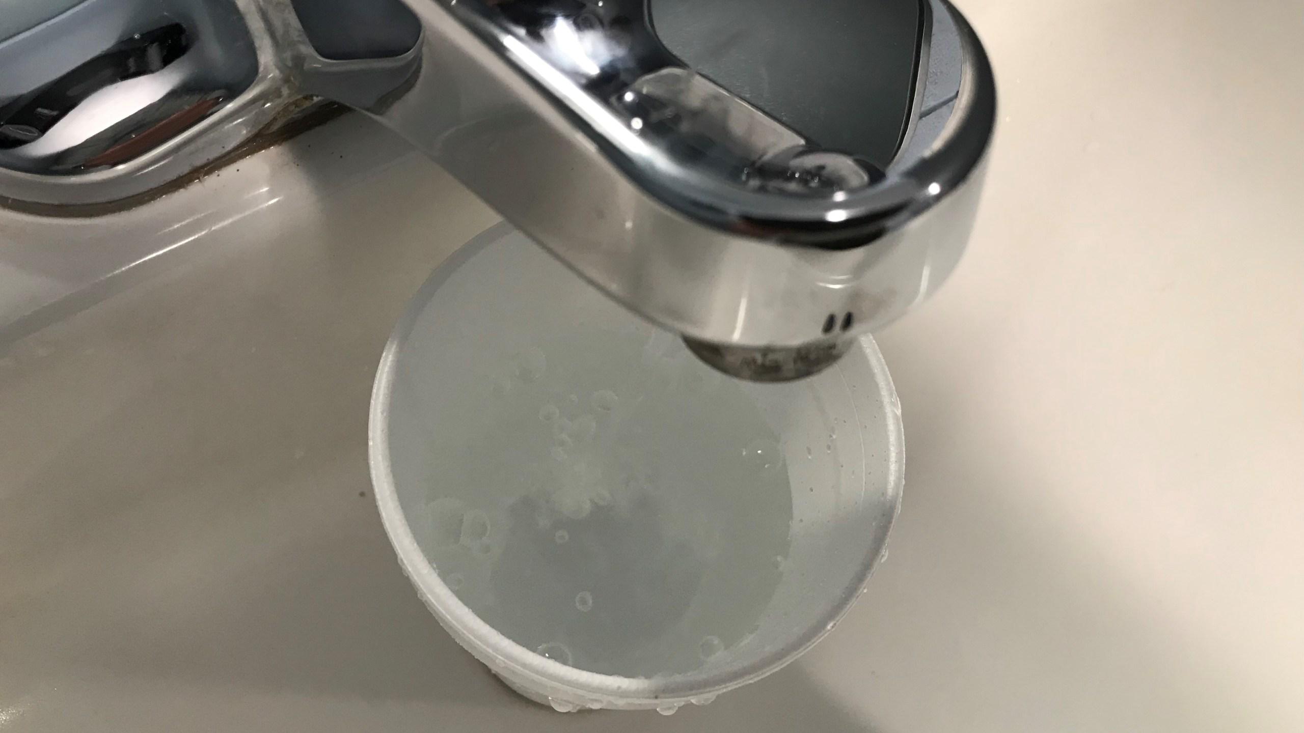 Water faucet sink_1539810416116.jpg.jpg