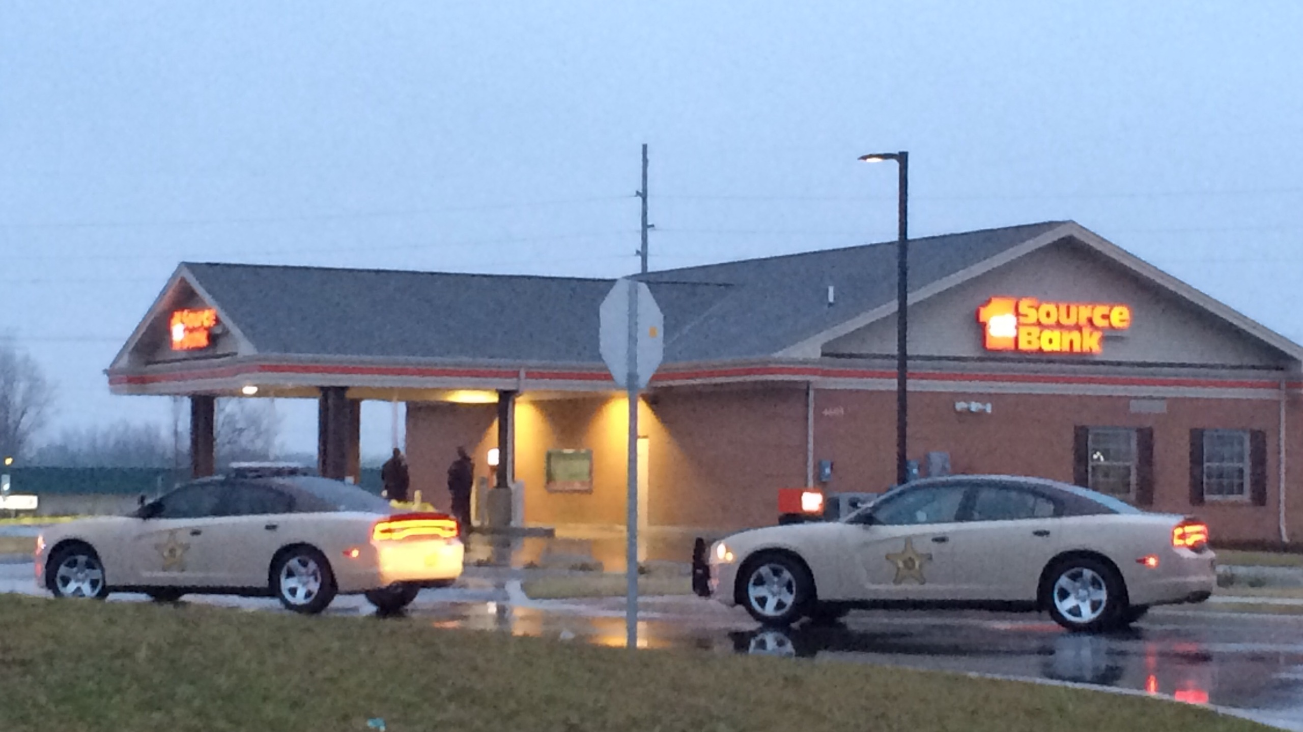 First Source bank attempted robbery
