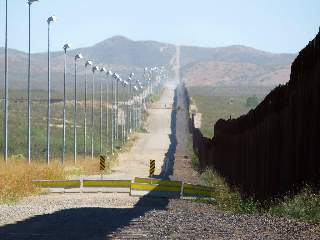 Mexico Border Wall-Images_1537462291342
