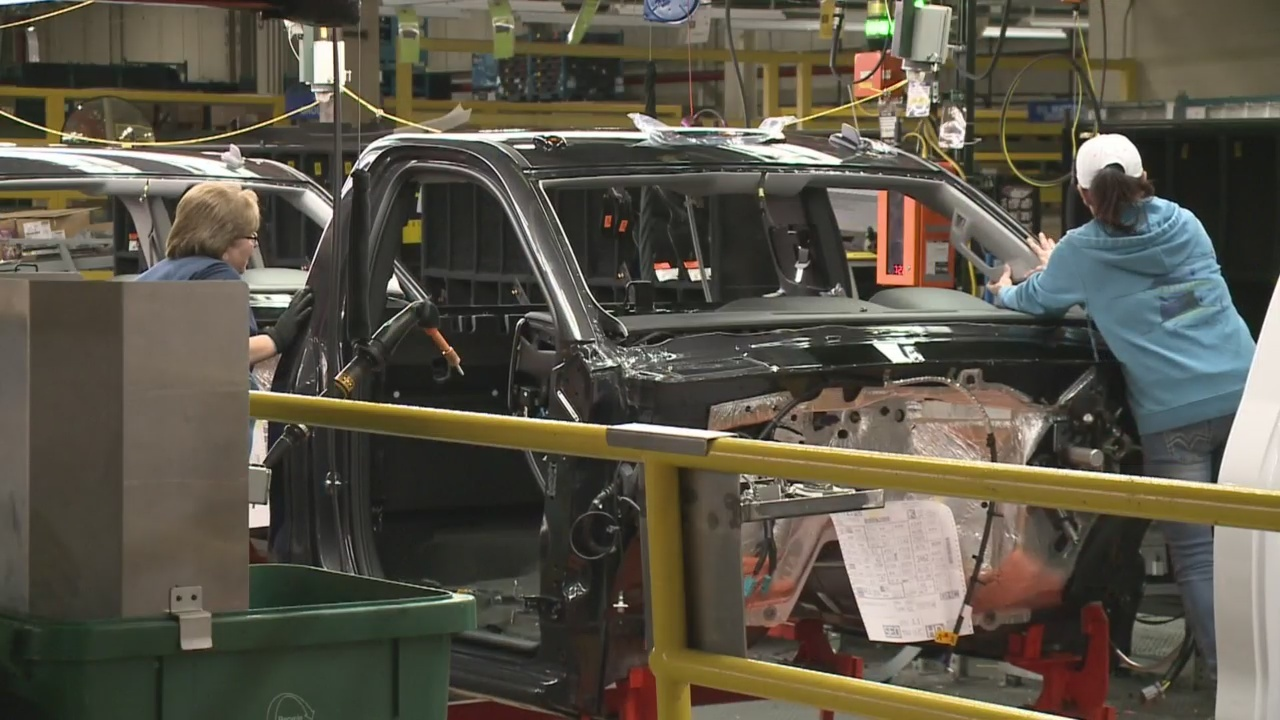 Fort Wayne GM temp workers nervous about company layoffs