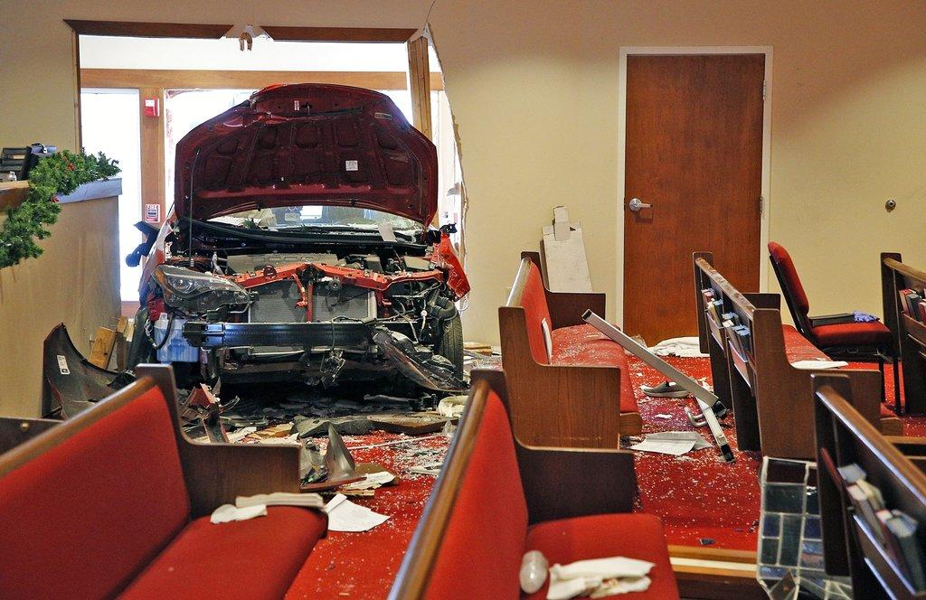 Car Crash-Church_1545610292211