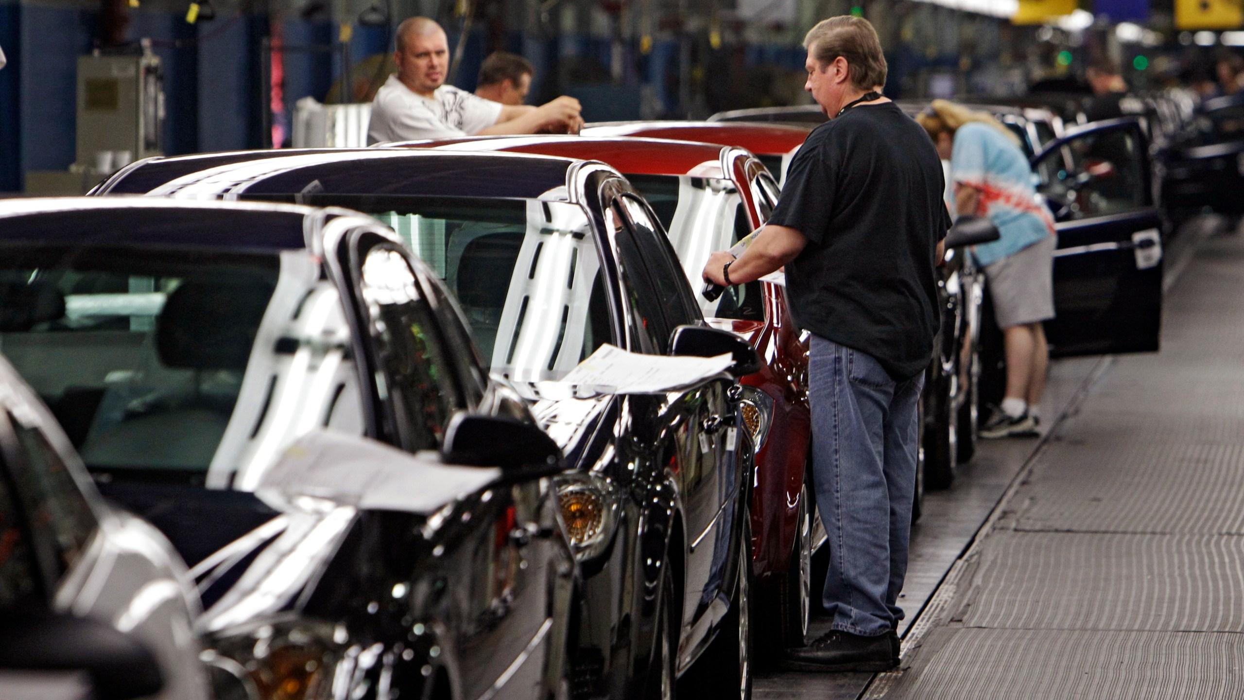 General Motors-Production Cuts_219510
