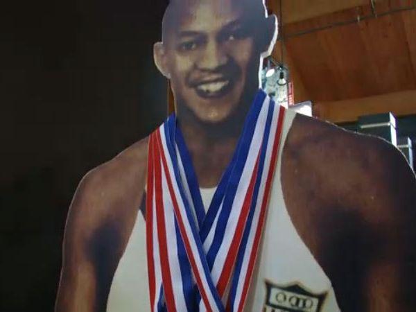 Four-time Olympic Gold Medalist Jesse Owens_1547580946797.jpg.jpg