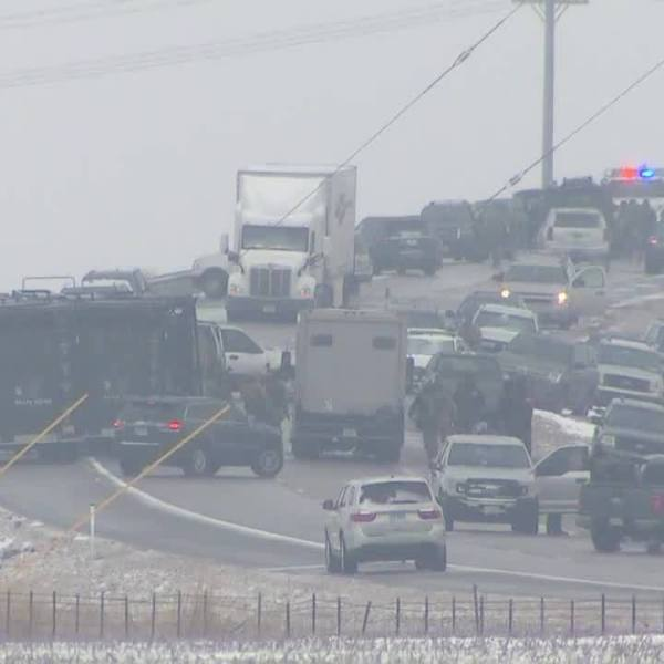 Standoff with Rockford shooting suspect ends on I-55