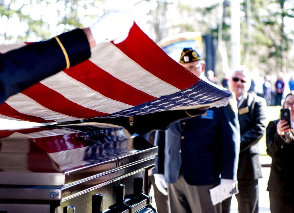 Veteran Buried_1554566308295