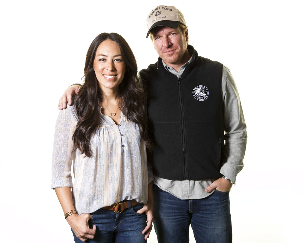 People Chip and Joanna Gaines_1551114678814