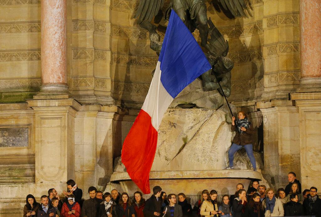 France Notre Dame Fire_1555486851355