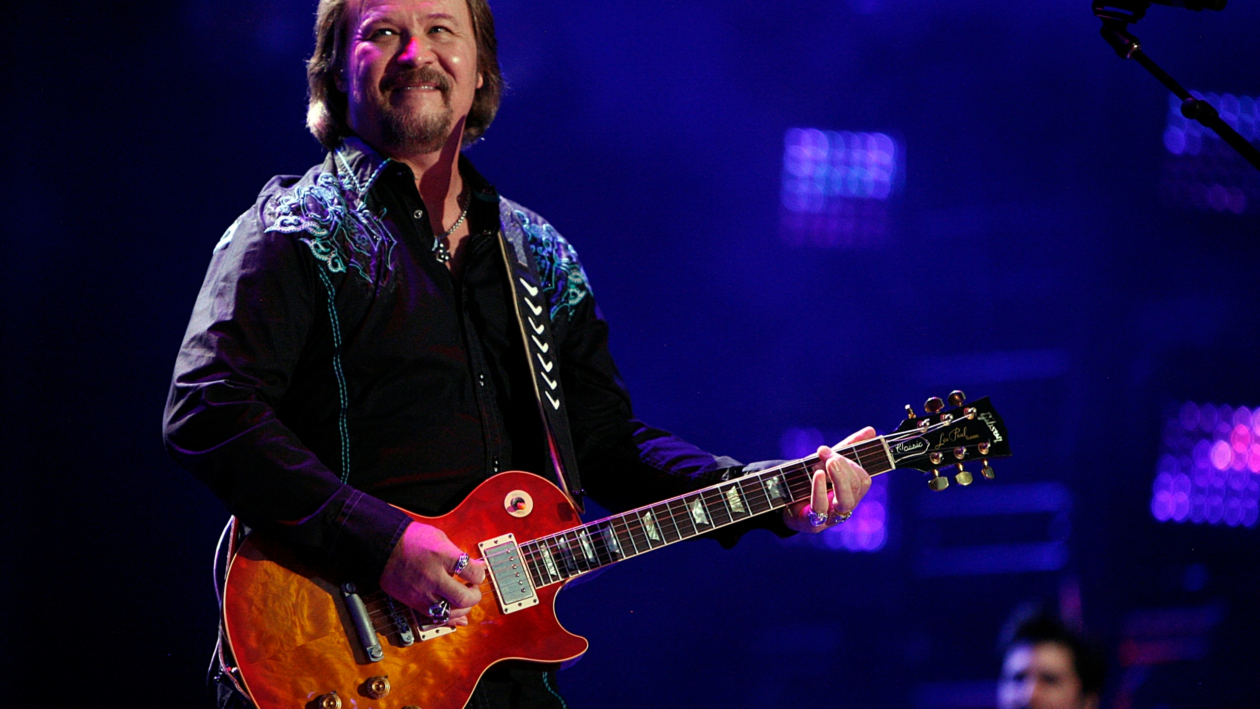Fatal Crash Travis Tritt Tour Bus_1558229498404