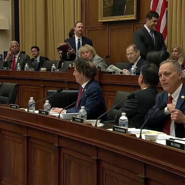 House_Judiciary_Chair_votes_to_hold_Barr_6_20190508215201