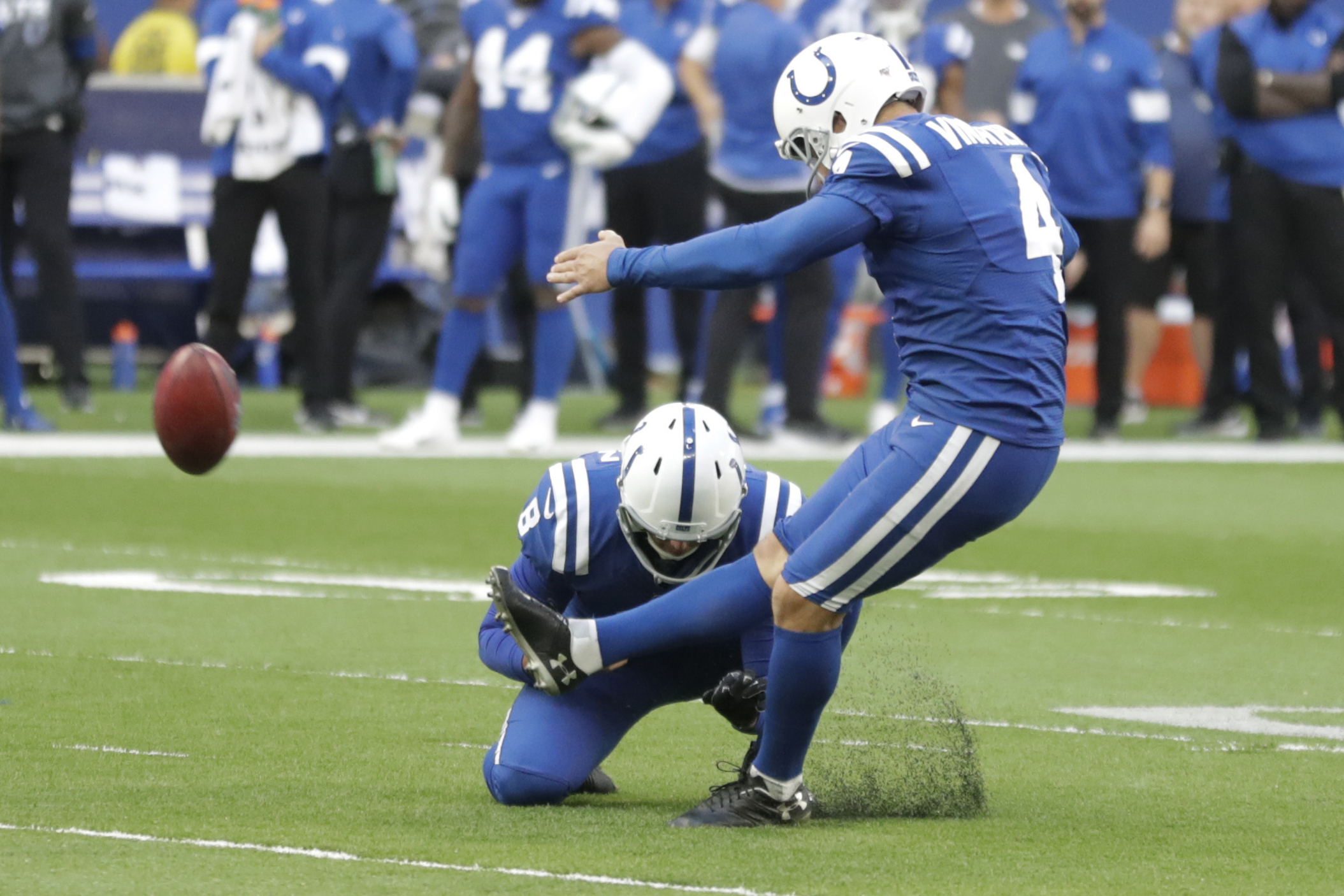 Colts Sign 2nd Kicker As Vinatieri Recovers From Knee Injury Wane 15