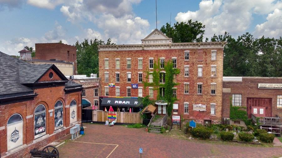 Kamm & Schellinger Brewery, Mishawaka (Indiana Landmarks – Evan Hale)