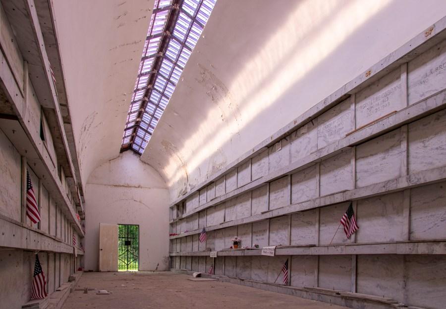 Oxford Community Mausoleum (Indiana Landmarks – Evan Hale)