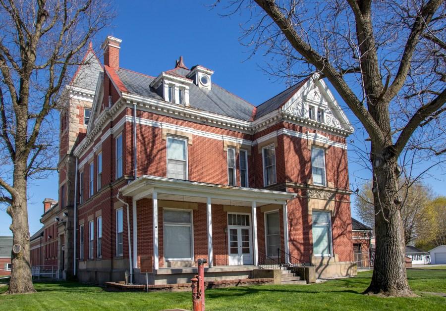 Tipton County Jail & Sheriff's Residence (Indiana Landmarks – Evan Hale)